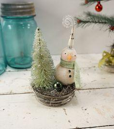 Snowman // Christmas Decoration // Folk Art // by CatandFiddlefolk
