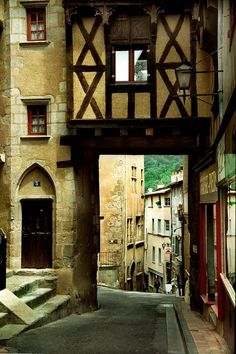 Landscape photography Ancient European architecture photography Theirs France Street scene