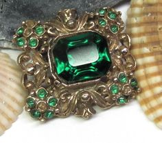 The Vintage Village - View Classified - 1950s-Emerald-Green-Multi-stone- brooch