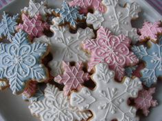Snowflake cookies for Kendall's winter onederland bday Dessert Table Birthday, Birthday Desserts, Birthday Cookies, Birthday Ideas, Dessert Tables, Birthday Crafts, Birthday Fun, Birthday Wishes, Birthday Cake