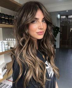 Brown Hair Balayage, Brown Blonde Hair, Hair Color Balayage, Hair Highlights, Balayage Hair Brunette Long, Highlights For Brunettes, Black Hair, Dark Balayage, Blonde Honey