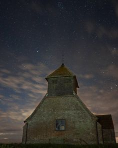 Fairfield church. It's a church. In a field that's fair. (FYI Sony a6000sigma 19mm F2.8@30s ISO 3200  edited in capture one pro) ///// #fairfieldchurch #kent #landscape #nightscape #stars #night #clouds #sony #sonya6000 #sigma #captureone #every3secondsadonkeycries