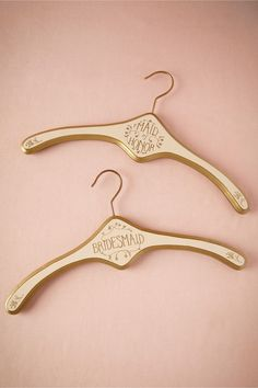 Heirloom hangers for your bridal party