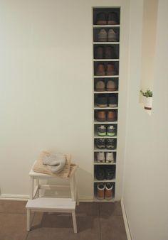Built-in shelf storage in a wall
