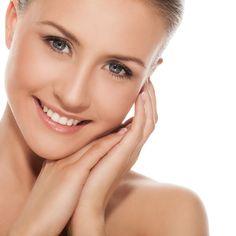 Piel normal:  La piel normal es probablemente la más fácil de tratar, ya que no necesita cuidados especiales. Este tipo de piel presenta una textura regular y no tiene imperfecciones. Además, tiene un aspecto suave y limpio sin necesidad de hacer nada.