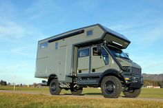 Bremach T-Rex camper verdone 🇮🇹🇮🇹 Bug Out Trailer, Diy Camper Trailer, Camper Caravan, Truck Camper, Camper Van, Expedition Trailer, Expedition Vehicle, Overland Trailer, Iveco 4x4
