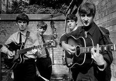 3-Jun-2013 19:08 - STRIPVERHAAL OVER BREIN ACHTER THE BEATLES. Het leven van Brian Epstein, de man die The Beatles in de jaren 60 groot maakte, was getekend door zowel zijn succes als tragiek. Epstein…...
