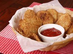 Potato Mojo - Mojo potatoes are seasoned potato rounds that are deep fried and served as an accompaniment of a fried chicken, a dish that is popularized by Shakey's Pizza.