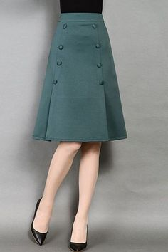 Pin on Fashion sewing / tips and trends Pin on Fashion sewing / tips and trends Mode Outfits, Skirt Outfits, Slit Skirt, Dress Skirt, Mini Skirt, Sheath Dress, Skater Skirt, Lace Skirt, Mode Inspiration