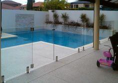 Wall and panel around pool
