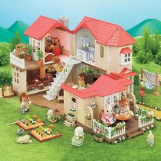 Superb Sylvanian Families Red Roof Grand Mansion Gift Set Now at Smyths Toys UK. Shop for Sylvanian Families At Great Prices. Free Home Delivery for orders over Sylvanian Families House, Calico Critters Families, Sylvania Families, Three Story House, Red Roof House, Starter Home, Little Doll, Cozy Cottage, Large Homes