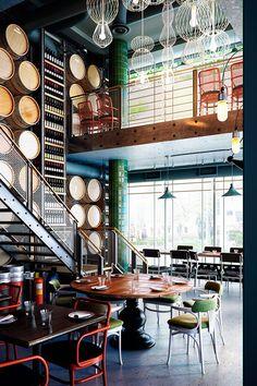 Aydınlatma ve Dekor Dünyasından Gelişmeler: Munge Leung Design'dan Toronto'd… Café Bar, Design Café, Cafe Design, Brewery Design, Commercial Design, Commercial Interiors, Cave A Vin Design, Bar Retro, Restaurant Hotel