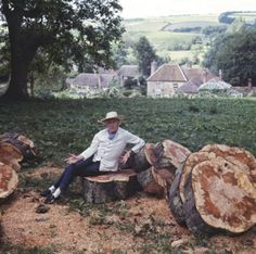 Cecil Beaton in the garden at Reddish House, circa 1970.