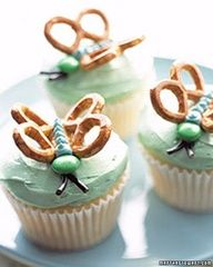 When I make these for Studio M Dance Co the butterfly cupcakes will have to be frosted in pink with yellow M & M's.