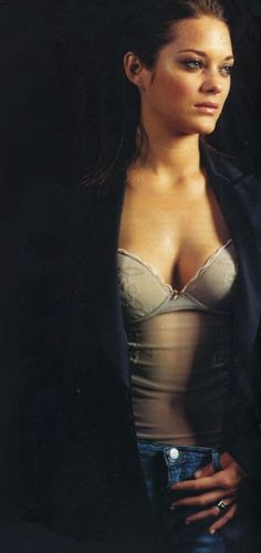 23 Gorgeous Photos Of Marion Cotillard