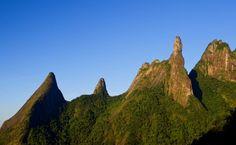 Pico do Dedo de Deus no Parque Nacional da Serra dos Órgãos, Rio de Janeiro - RJ / Brasil.