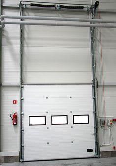 Brama segmentowa z prowadzeniem pionowym