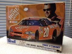 Revell Tony Stewart HOME DEPOT #20 Monte Carlo NASCAR 1/24th Model Kit  2006 #RevellMonogram