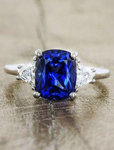 Stunning 3ct Ceylon Sapphire with .50ct Diamonds $9500