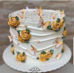 Cake Decorating Frosting, Cake Decorating Designs, Birthday Cake Decorating, Cake Decorating Techniques, Cake Designs, Creative Birthday Cakes, Elegant Birthday Cakes, Beautiful Birthday Cakes, Beautiful Cakes