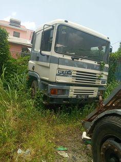 Abandoned Cars, Abandoned Vehicles, Old Trucks, Classic Cars, British, Vintage Classic Cars, Classic Trucks