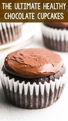 Ultimate Healthy Chocolate Cupcakes -- just 135 calories, but these skinny cupcakes don't taste healthy at all! You'll never use another recipe again! Healthy Chocolate Cupcakes, Healthy Dark Chocolate, Healthy Cupcakes, Chocolate Desserts, Healthy Desserts, Dessert Recipes, Clean Eating Cupcakes, Dessert Ideas, Low Calorie Cupcakes
