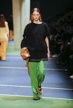 Céline Fall 2016 Ready-to-Wear, http://mmoda.net/celine-fall-2016-ready-to-wear/,  #2016 #AbbyBass #AliciaHoltz #AnnaMolochkova #CamilleHurel #CarolineBraschNielsen #CarolineReagan #celine #CharleeFraser #fall #FrederikkeSofie #HarlethKuusik #HeCong #IrisLandstra #JingWen #JuliaRatner #JulieHoomans #KikiWillems #LauraKampman #LenaHardt #LineisyMontero #LizaPlotnikova #MaartjeVerhoef #MaggieMaurer #MaliKoopman #MariePiovesan...