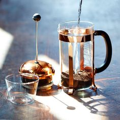 This classic coffee maker in eye-catching copper brews up to 8 cups of coffee in just a few minutes.