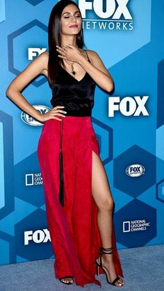 Victoria Justice Outfits, Victoria Justice Style, Beautiful Celebrities, Beautiful Women, Vicky Justice, Victorious Justice, Great Legs, Hot Brunette, Body Fitness