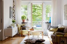 Фотография: Гостиная в стиле Скандинавский, Квартира, Советы, Est-a-tet, купить квартиру в новостройке, покупка квартиры, сэкономить на покупке квартиры, как сэкономить на покупке квартиры – фото на InMyRoom.ru