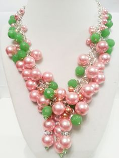 Pink and Green Glass Pearl Necklace by SummerBeauti on Etsy
