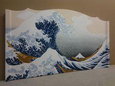 """Testiera """"Tsunami""""  Testiera letto restaurata, Laccata e decorata a mano, finitura a spruzzo trasparente, opaca all'acqua. Misure 172 x 98h spessore massimo 7  Dimensioni: 31 x 111 x 54h"""