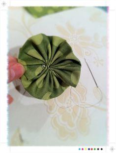 bunchy fabric flower tutorial