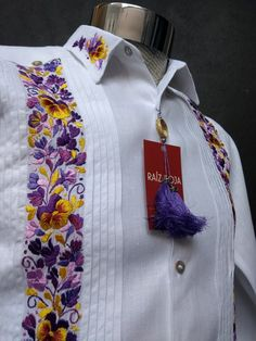 Beautiful and light Guayabera of linen, with embroidered of San Antonino Oaxaca. Each design is a combination of the elegance of a guayabera with the artisan touch of very high quality, resulting in a guayabera with a lot of style.  Fall in love with the craft and dress elegantly in that special Embroidered Towels, Embroidered Clothes, Camisa Multicolor, Wedding Day Shirts, Mexican Fashion, Mens Clothing Styles, Hand Embroidery, Shirt Style, Fashion Outfits