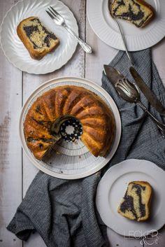 GUGELSONNTAG #8 Zitronen-Quark-Gugelhupf mit Mohn-Füllung - LECKER&Co | Foodblog aus Nürnberg