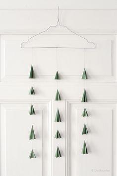 mini paper christmas trees