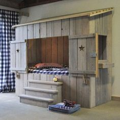 Reclaimed pallets not intended for international shipping are safe to use for kiddies furniture, and you can be inventive with different design options