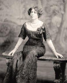 Мадам Pereyre, примерно в конце 1900-Rsquo, S