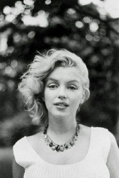 Marilyn Monroe timeless-beauty