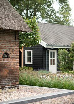 www.buytengewoon.nl villatuinen modern-klassieke-leeftuin-met-zwembad-in-elburg.html
