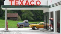 texaco_old_retro_gas_station_1_25_scale_model_32