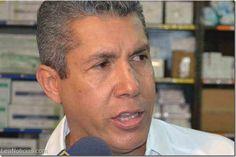 Henri Falcón pide al pueblo venezolano que mantenga la calma - http://www.leanoticias.com/2014/02/13/henri-falcon-pide-al-pueblo-venezolano-que-mantenga-la-calma/