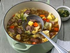 Irish Stew - leckerer irischer Eintopf mit Lamm und Wirsing.