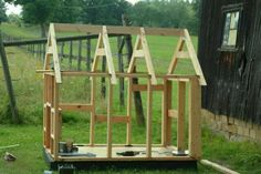 Tips on How to Build a Dog House | Build your own hands