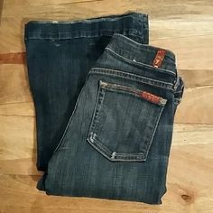 7 for all Mankind jeans Pre-loved, unaltered 7 for all Mankind jeans =) 7 for all Mankind Jeans Flare & Wide Leg
