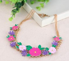 Stylish Oil Drip Flower Design Alloy Chain Necklace Women Ladies Jewelry Necklace Three Colors Pick