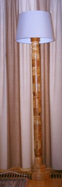Staande lamp ca. 1.80 m1 hoog van Afrikaans eiken