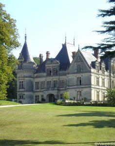 Les plus beaux hôtels châteaux en France - Le Château de La Bourdaisière, Montlouis-sur-Loire (The most beautiful castle hotels in France)