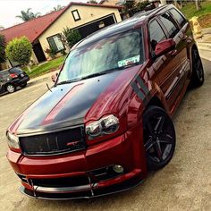 wroomr — Jeep Grand Cherokee SRT⚡️⚡️⚡️ Owner: @eluva_srt8...