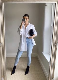 White Shirt Outfits, Basic Outfits, Casual Outfits, Fashion Outfits, Formal Outfits, Fashion Hacks, Denim Fashion, Denim Corset Belt, Assymetrical Skirt